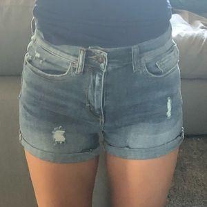 Fashionnova Jean shorts size small